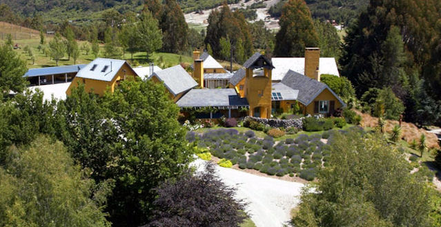 Luxury Mountain Lodge Queenstown New Zealand