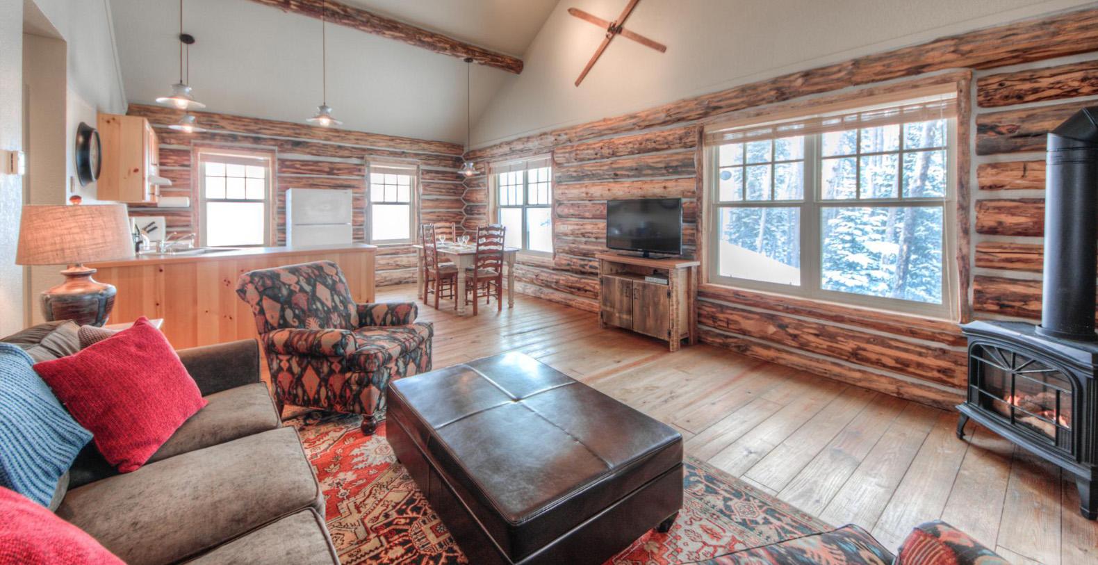 Cowboy Heaven Cabins 3 Rustic Ridge Big Sky Resort