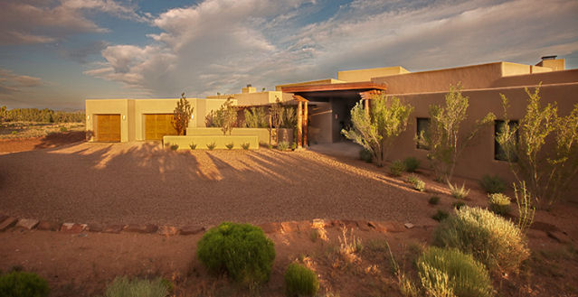 Santa fe new mexico luxury vacation rental letting villa for Santa fe new mexico cabin rentals