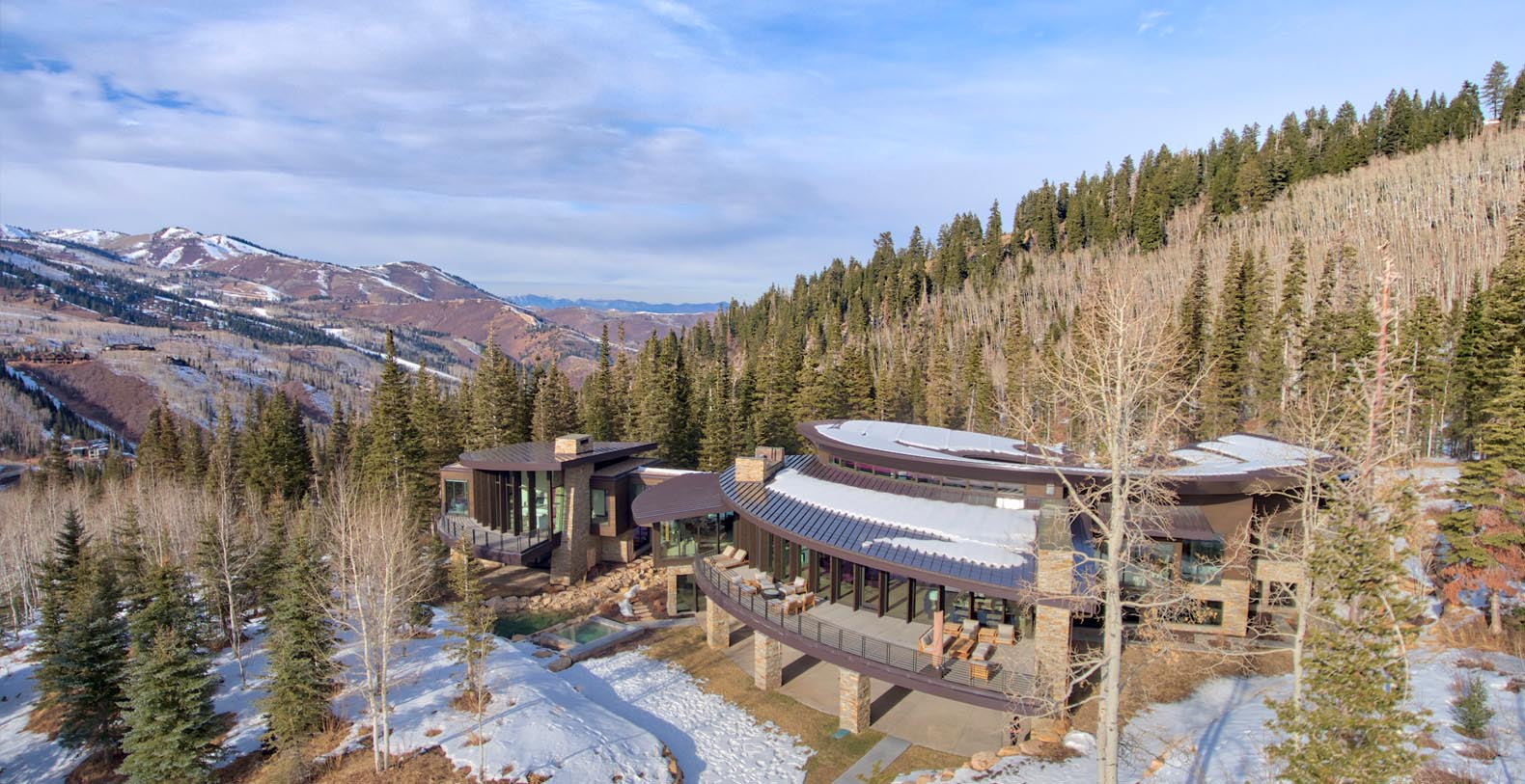 Iron Mountain Chalet Luxury Holiday Rental