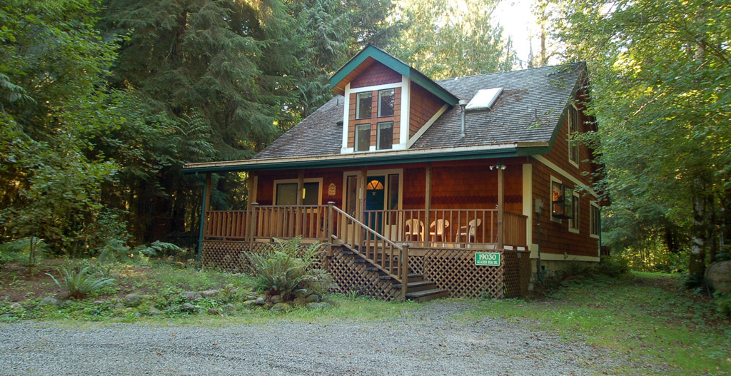 Cabin 13 mt baker maple falls holiday letting vacation for Falls lake cabin rentals